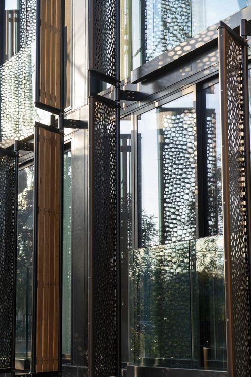 Großzügige Fenster mit Blick in den Zoo © cox architecture