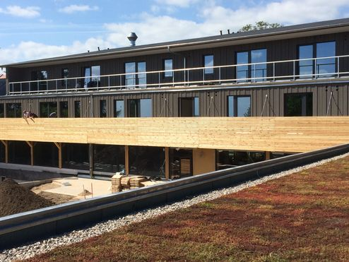 binderholz Brettsperrholz BBS Gebäude mit Profiholzfassade © Carsten Groth
