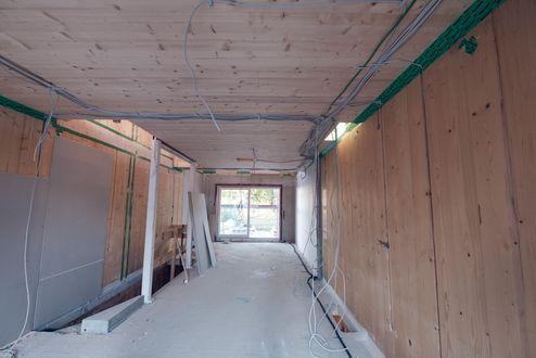 Baustelleübersicht mit Brettsperrholz BBS Wand © binderholz