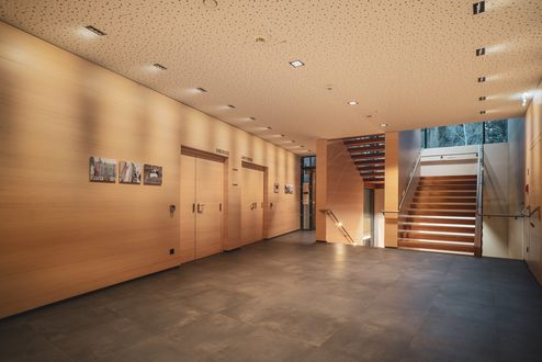 Übergang zum Stiegenhaus © kreativstadl.tirol