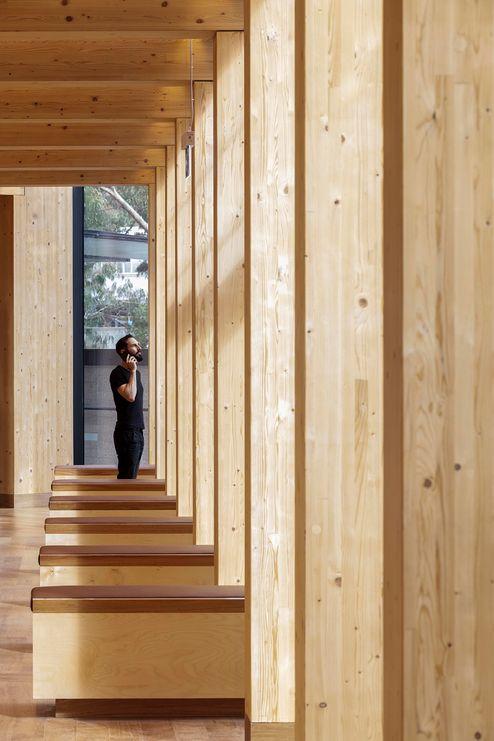 Balken und Säulen aus Brettschichtholz in Sichtqualität © architectus