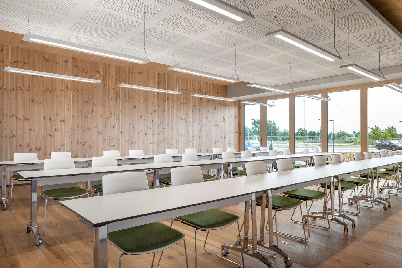 Sala per eventi formativi che può ospitare fino a 30 persone © www.florianhammerich.com
