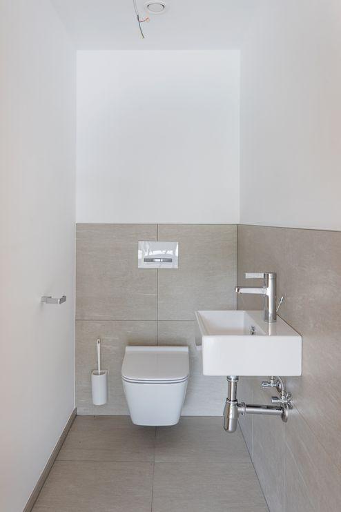 Toilette mit Waschbecken © Foto Gretter / Unterberger Immobilien