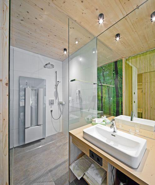 Modern eingerichtetes Bad © Retter Wolfgang