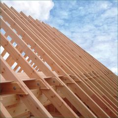 Madera maciza para uso estructural | KVH®