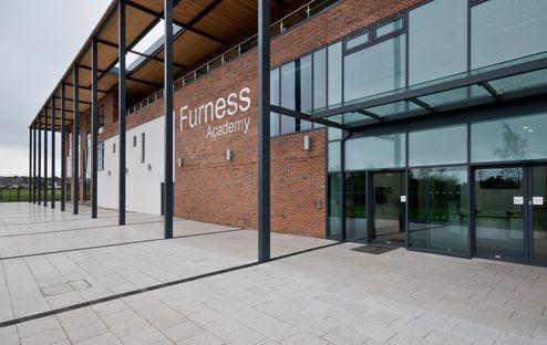 Eingangsbereich Furness Academy