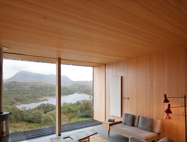 Blick aus dem Wohnbereich in die Natur © David Barbour