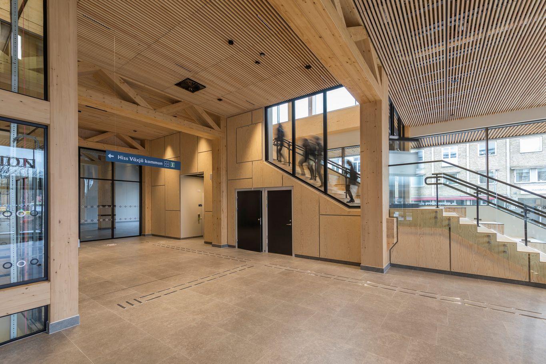 Holz als zentrales Element des Neubaus © Anders Bergön