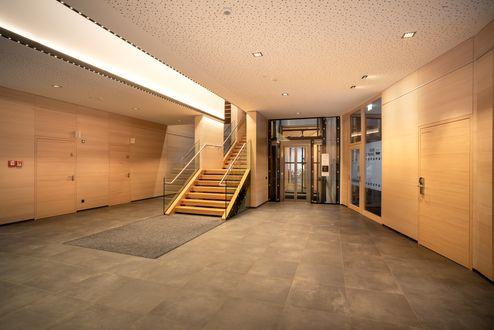 Vorraum mit sichtbarem Holz © kreativstadl.tirol