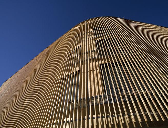 Profilholz-Vorhang zur Beschattung