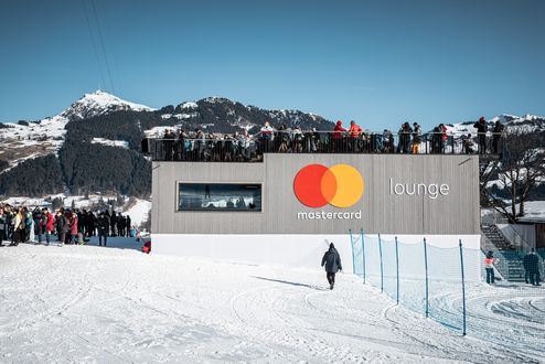 2-stöckiges Mastercard VIP Haus © WWP
