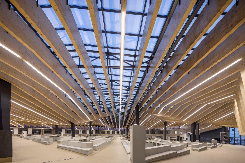 Panneaux 3 plis en bois massif binderholz sur ossature métallique © FG+SG | ARCHITECTURAL PHOTOGRAPHY