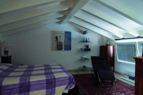 Innenansicht mit sichtbarem Dachstuhl