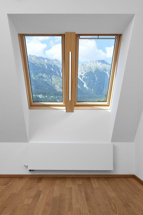 Fenster mit Ausblick auf die Innsbrucker Nordkette © Gerhard Hauser, Alexander Schmid