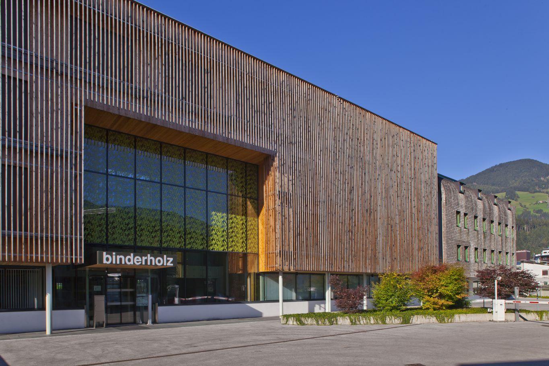 binderholz headquarter Eingangsbereich