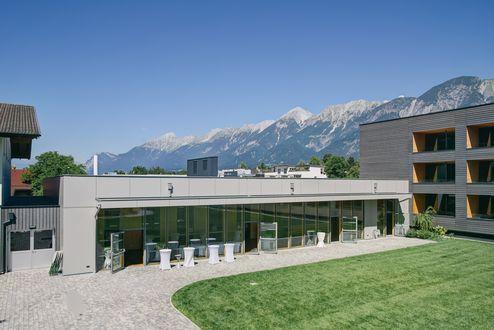 Verbindungsbau mit Veranstaltungssälen © Schafferer Holzbau GmbH