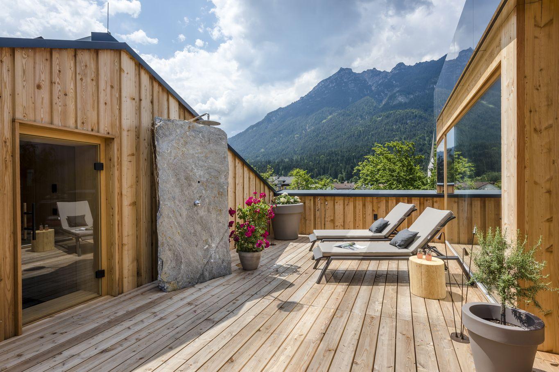 Terrasse mit privater Sauna
