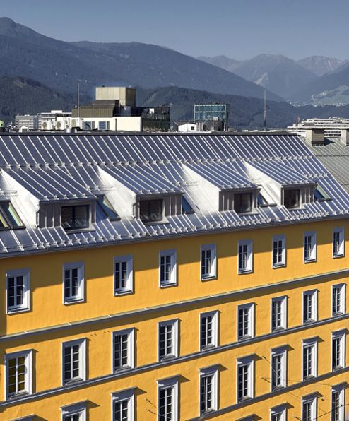 Aufstockung um 2,5 Stockwerke © Gerhard Hauser, Alexander Schmid