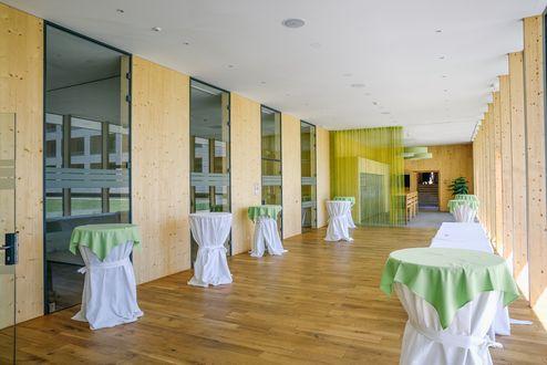 Foyer der Veranstaltungssäle © Schafferer Holzbau GmbH
