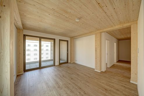 Wohnraum mit Decken aus binderholz Brettsperrholz BBS © Conné van d'Grachten