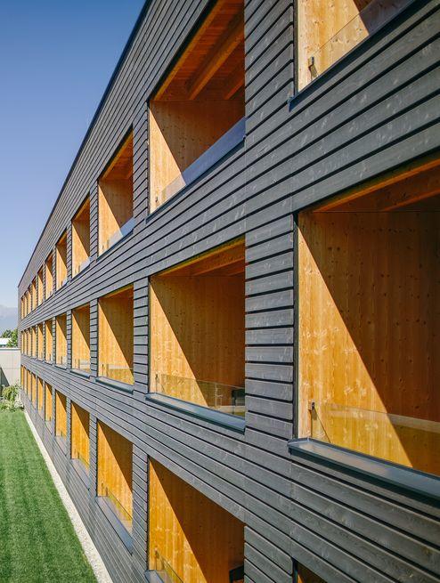 Balkone der Gartensuiten © Schafferer Holzbau GmbH