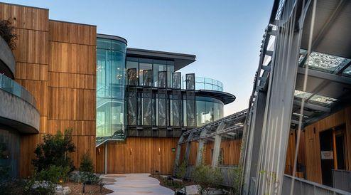 Außenansicht des Neubaus © cox architecture
