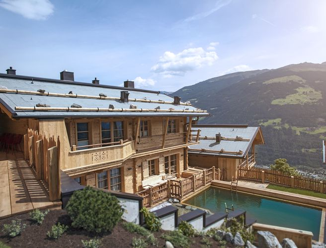 HochLeger Chalets Deluxe