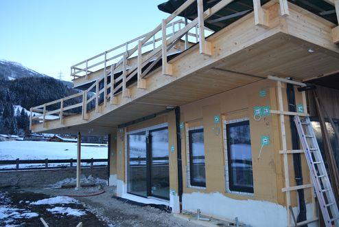 Auskragung der oberen Etage © binderholz