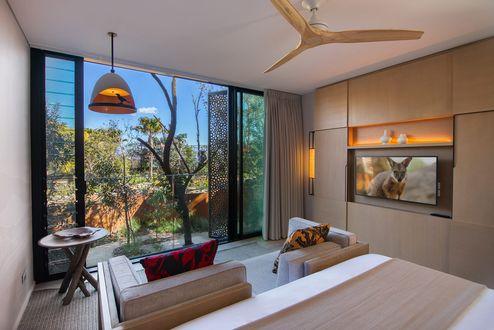Wände und Decken bestehen aus binderholz Brettsperrholz BBS © cox architecture